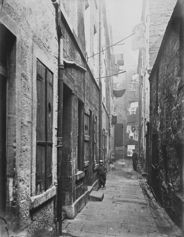 Close, No. 65 High Street (1868 - 1871)