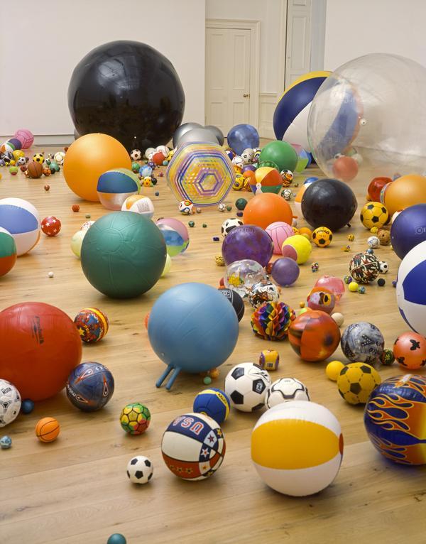 Work No. 370 Balls (2004)