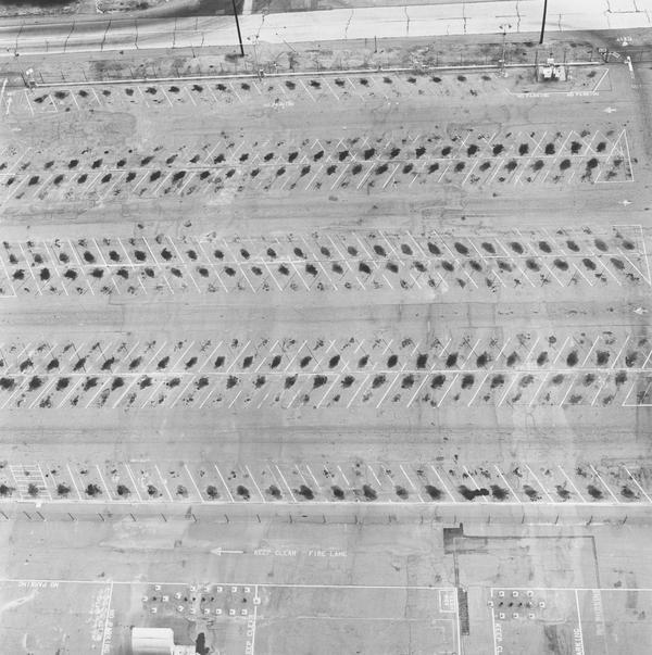 Lockheed Air Terminal, 2627 N. Hollywood Way, Burbank (1967 / 1999)