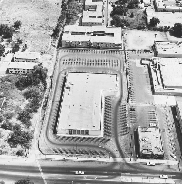 State Dept. of Employment, 14400 Sherman Way, Van Nuys (1967 / 1999)