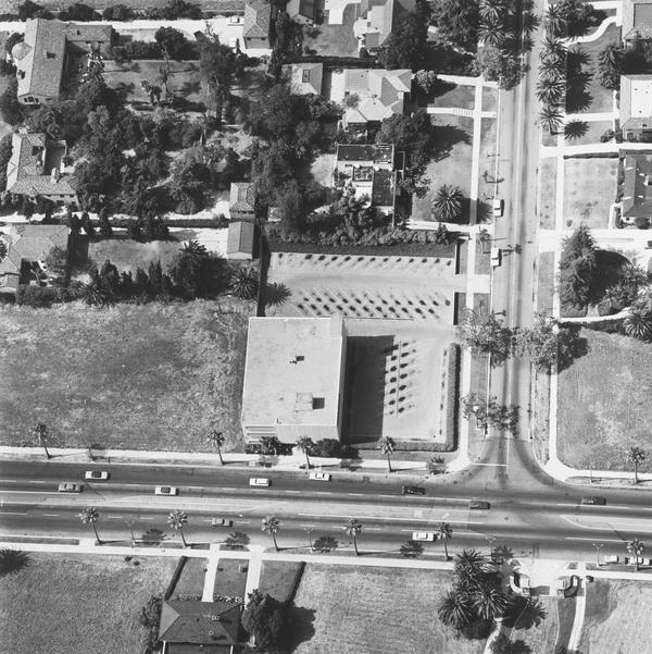 Zurich-American Insurance, 4465 Wilshire Blvd. (1967 / 1999)