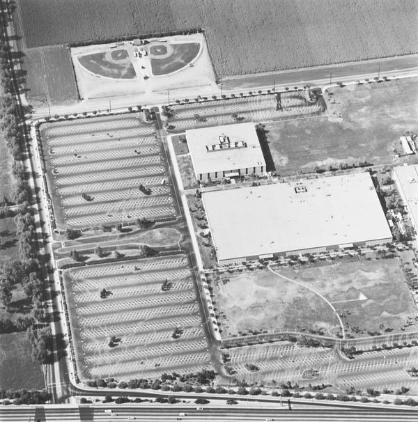 Litton Industries, 5500 Canoga, Woodland Hills (1967 / 1999)