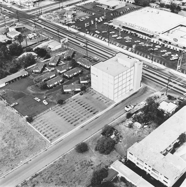 7101 Sepuveda Blvd., Van Nuys (1967 / 1999)