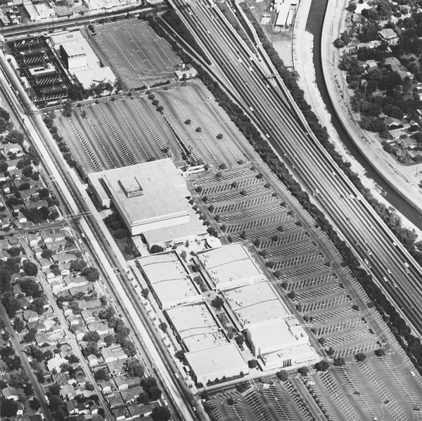 Fashion Square, Sherman Oaks (1967 / 1999)