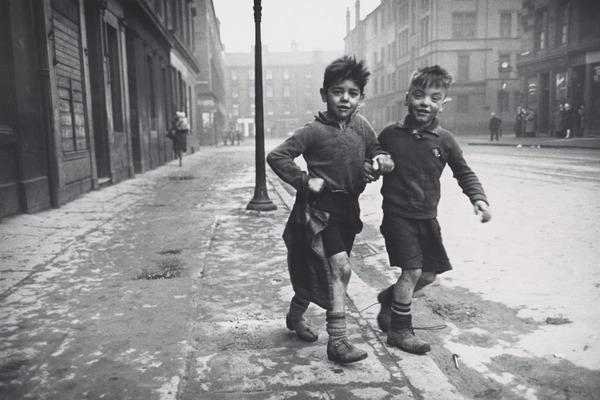 The Gorbals, Glasgow. Two Boys in the Street (1948 (printed in 1986))