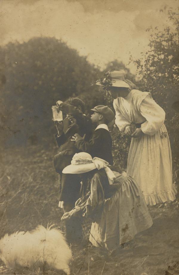 The Walton Children (About 1900)