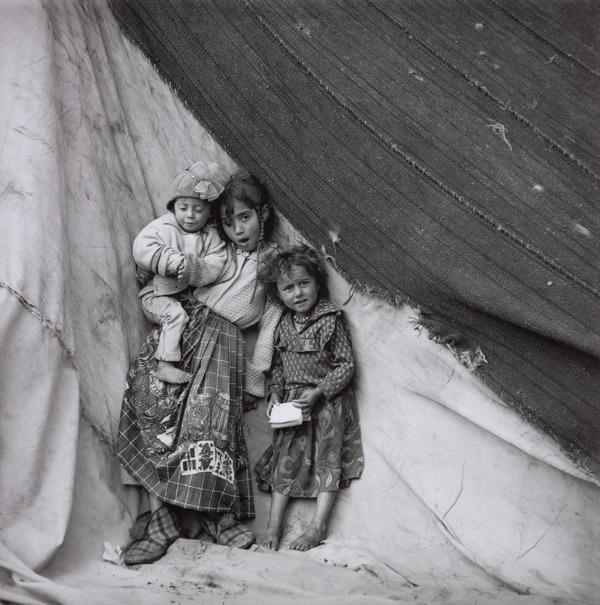 Calderari Gypsy Children, Sintesti, Romania (1993)