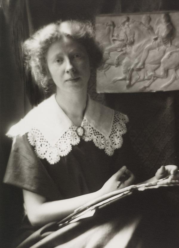 Imogen Cunningham. Self-portrait (About 1910)