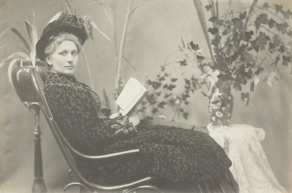 Unknown woman (1887)