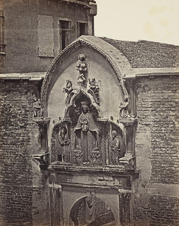 Porta della Misericordia, Venice