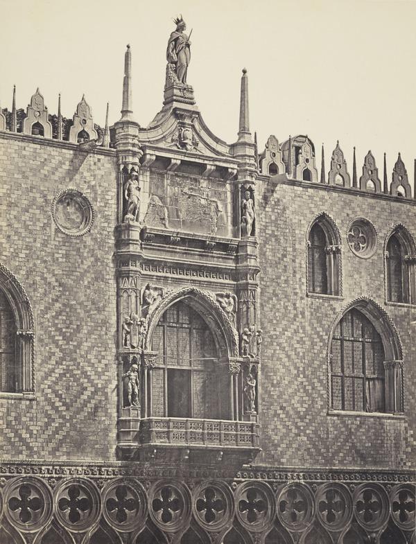 Finestrato del Palazzo Ducale, Venezia [Windows of Ducal Palace, Venice]
