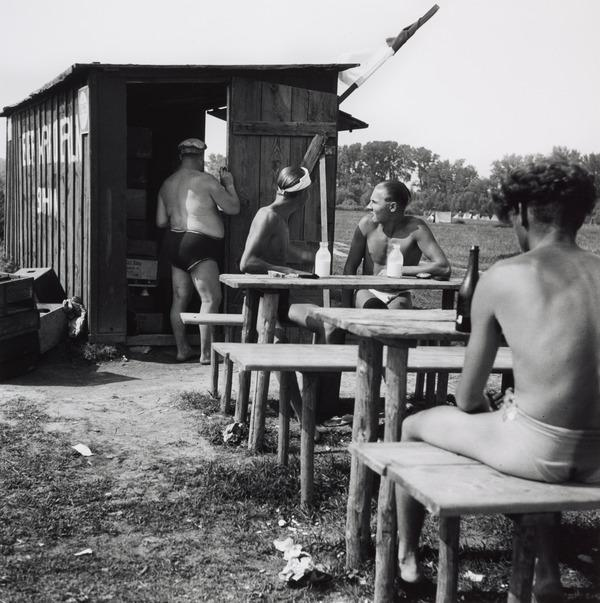 Untitled [Kiosk, Lobau, Austria] (About 1930 (negative))