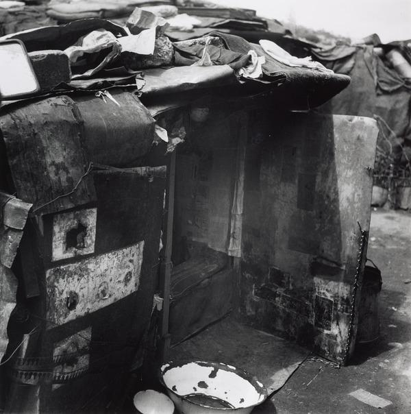 Untitled [Hovel, Vienna] (About 1930 (negative))