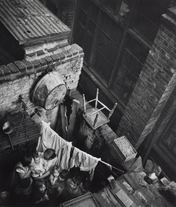 Gee Street, Finsbury, London (About 1935 (negative))