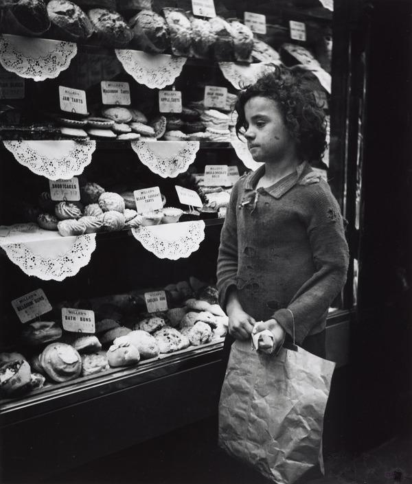 Untitled [Girl Looking at Bakery Window, London] (About 1935 (negative))