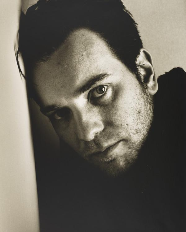 Ewan McGregor (23 May 2000)