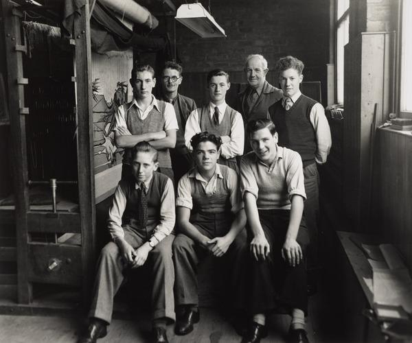 Dovecot Studios, Edinburgh Tapestry Company (Ronnie McVinnie, John Loufit, Fred Marin, Richard Gordon, Alec Jack, Ian Inglis, Archie Brennan,... (1949)
